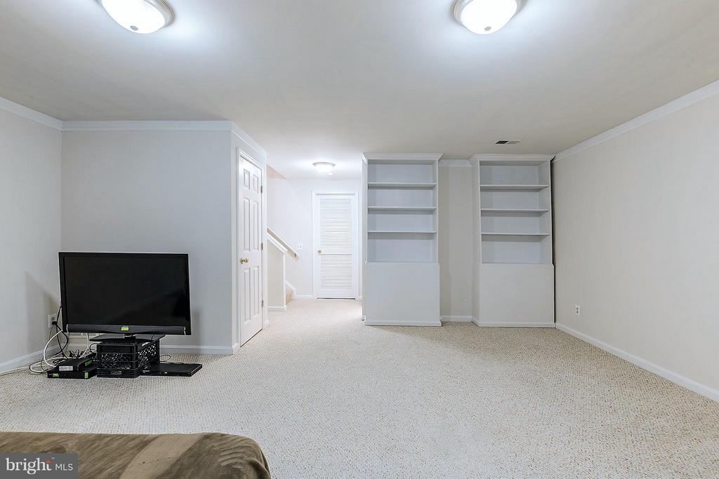 Rec Room - 2585 MIRANDA CT, WOODBRIDGE