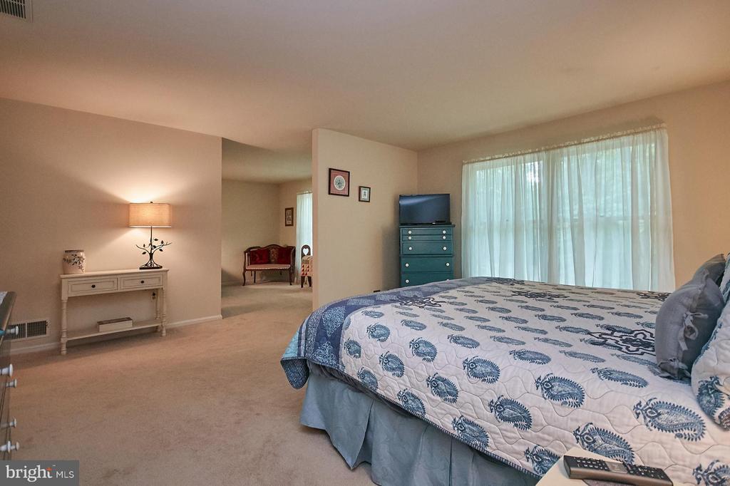 Bedroom (Master) - 12213 HENDERSON RD, CLIFTON