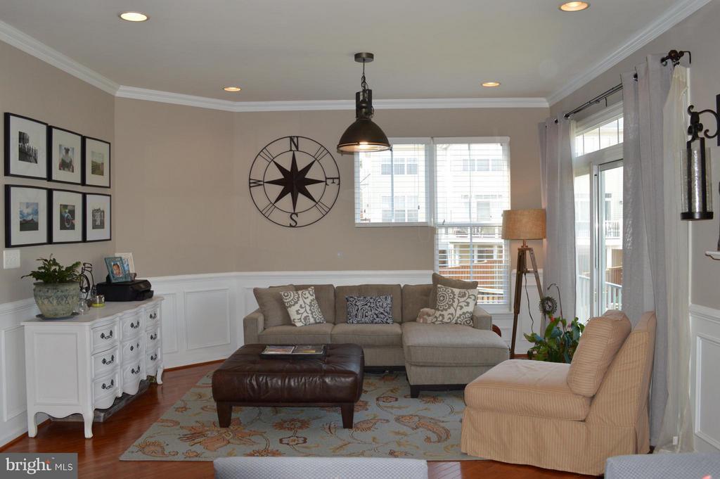 Living Room - 42508 DESOTO TER, BRAMBLETON