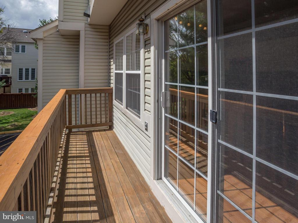 Rear Porch Off Of Kitchen - 4128 FOUNTAINSIDE LN, FAIRFAX