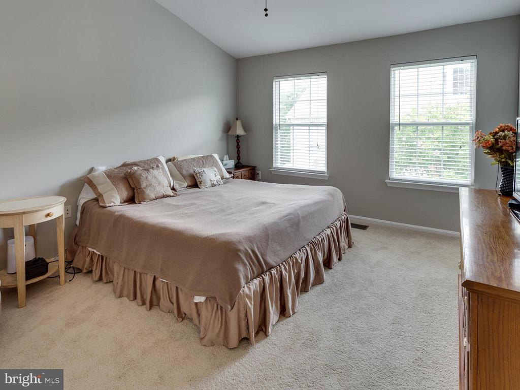 Bedroom (Master) - 4128 FOUNTAINSIDE LN, FAIRFAX