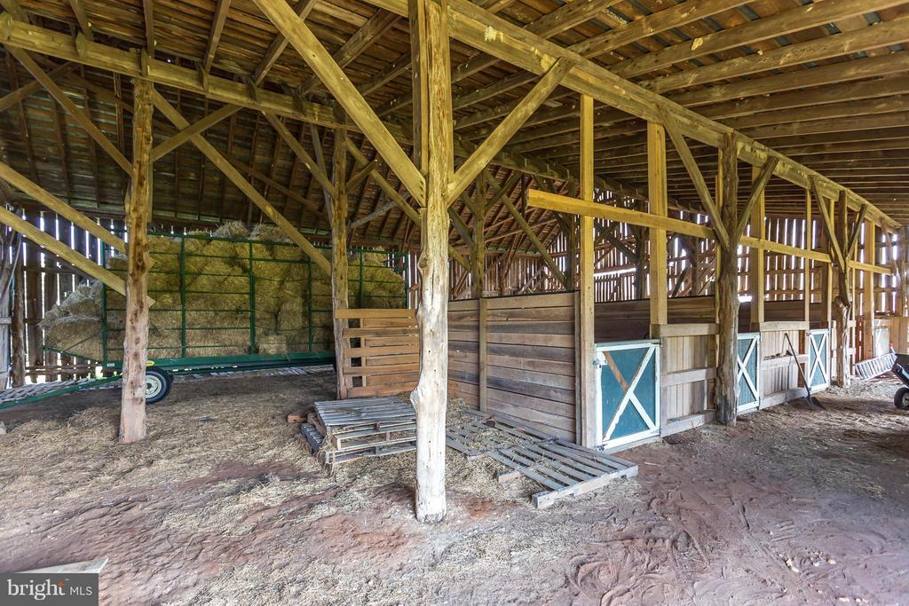 Inside photo of the pole barn - 7929 DOWD FARM RD, SPOTSYLVANIA