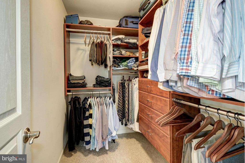 One of the Master Walk-In-Closets - 2527 KENMORE CT, ARLINGTON