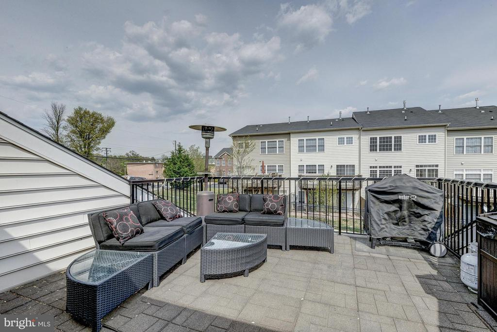 Patio on the 4th Level - 2527 KENMORE CT, ARLINGTON