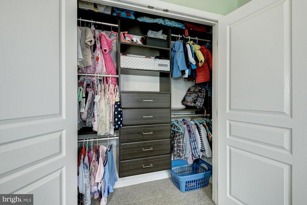 Custom Closet in 2nd Bedroom - 2527 KENMORE CT, ARLINGTON