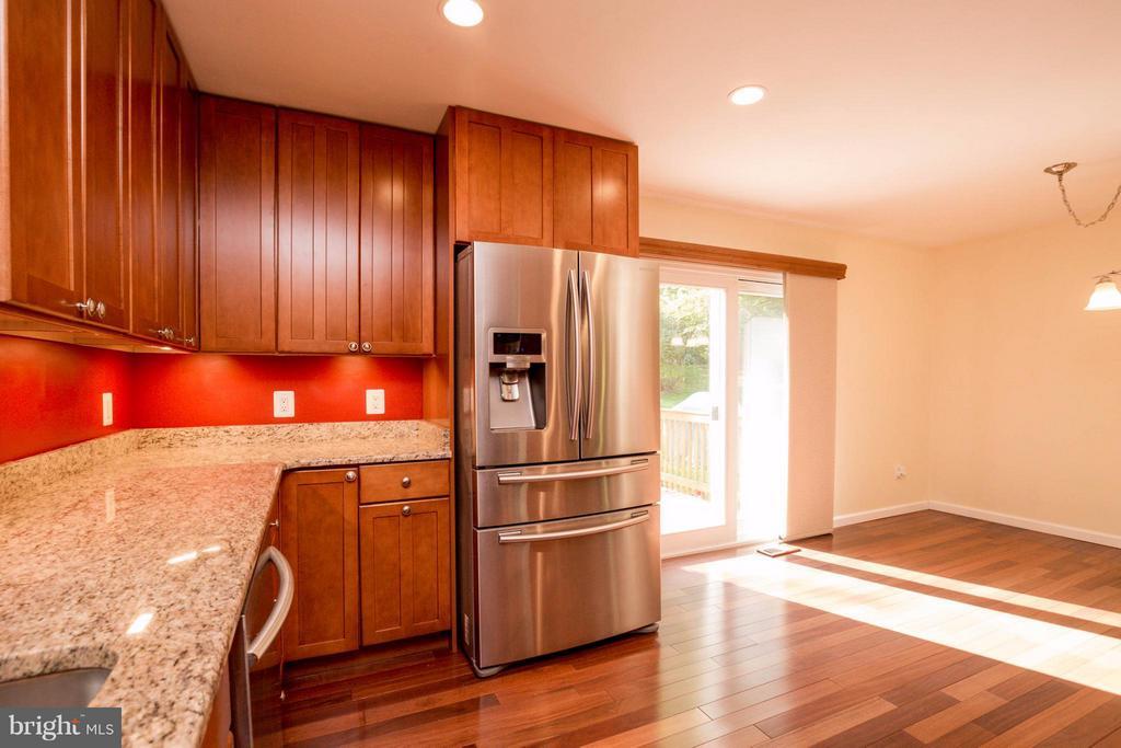 Kitchen - 7805 RUGBY RD, MANASSAS PARK