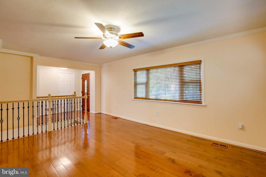 Family Room - 7805 RUGBY RD, MANASSAS PARK