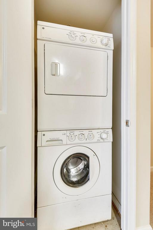 Washer/Dryer in unit - 7915 EASTERN AVE #316, SILVER SPRING