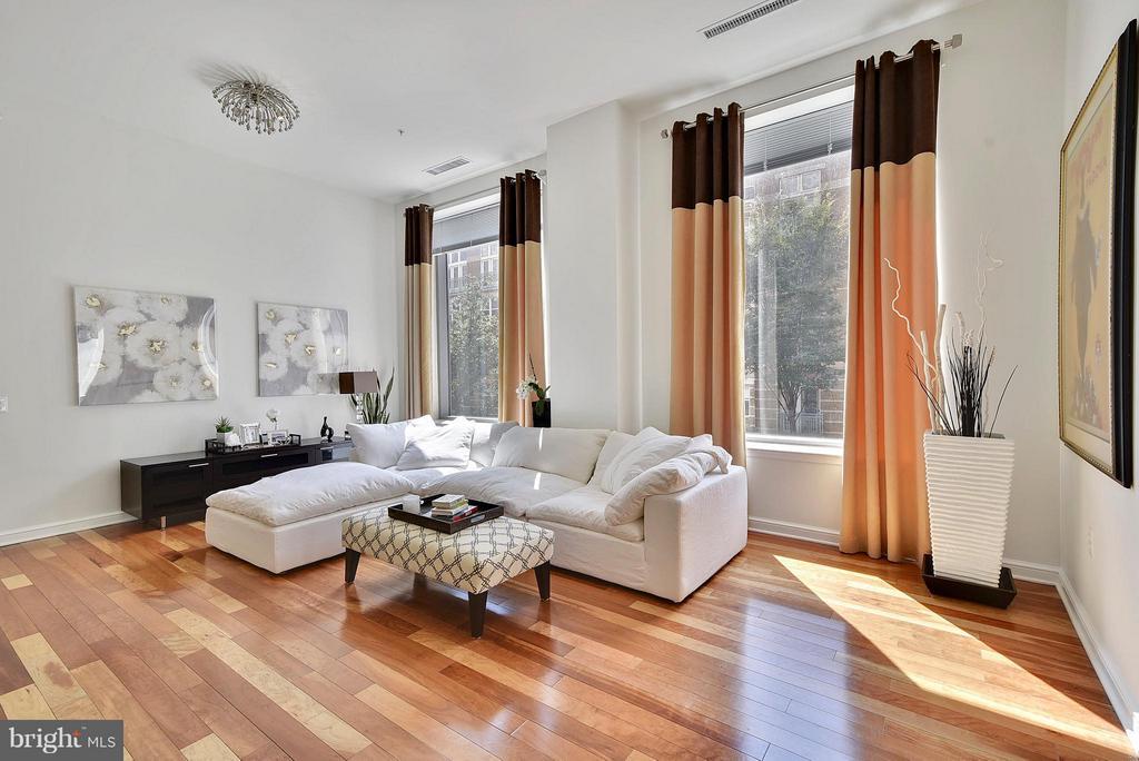 Living Room - 11990 MARKET ST #101, RESTON