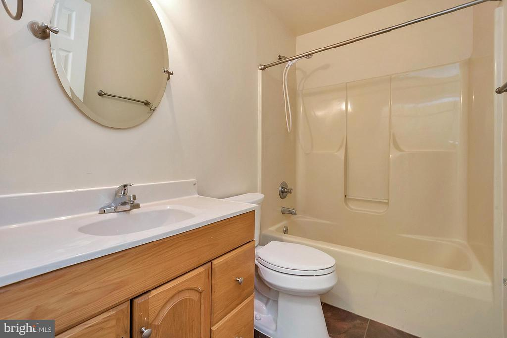 Full Bath Main Level - 10108 S. FULTON DR, FREDERICKSBURG