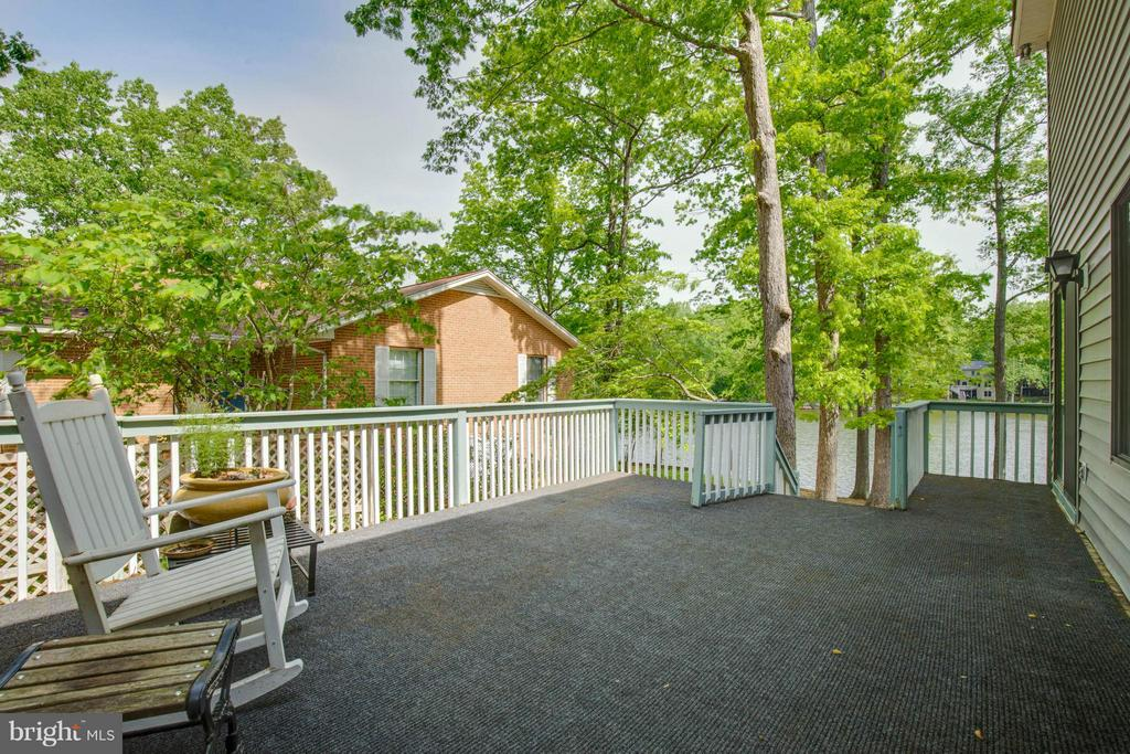 Exterior Deck - 214 WILDERNESS LN, LOCUST GROVE