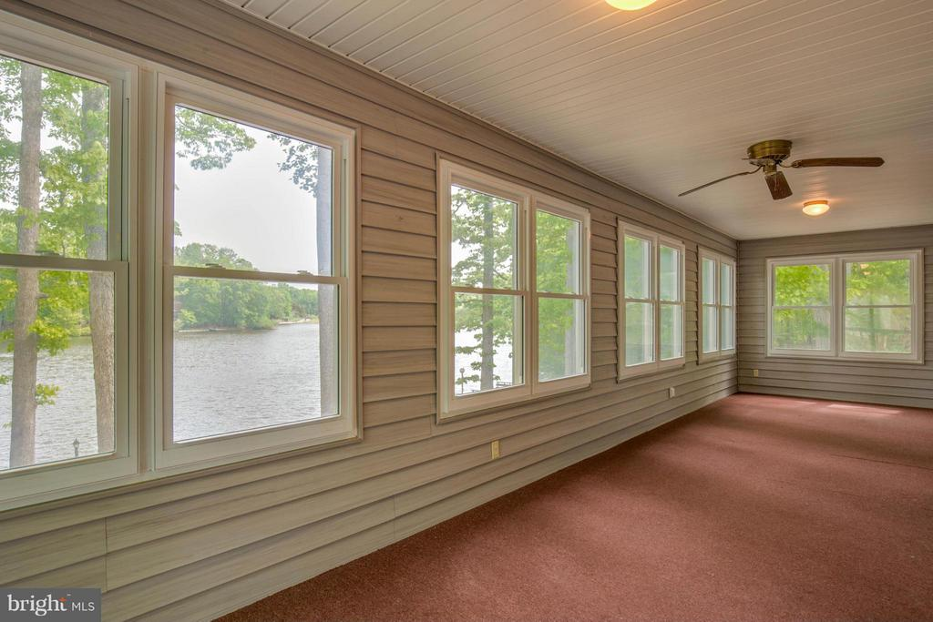 Sun Porch Room - 214 WILDERNESS LN, LOCUST GROVE