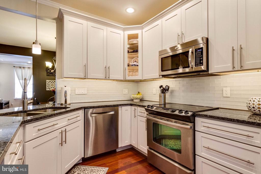 Kitchen - 4896 EBB TIDE CT, DUMFRIES