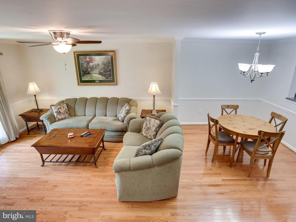 Beautiful hardwood floors on main level and stairs - 12336 MANCHESTER WAY, WOODBRIDGE