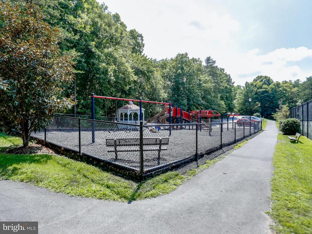 walking trail, tennis courts - 12336 MANCHESTER WAY, WOODBRIDGE