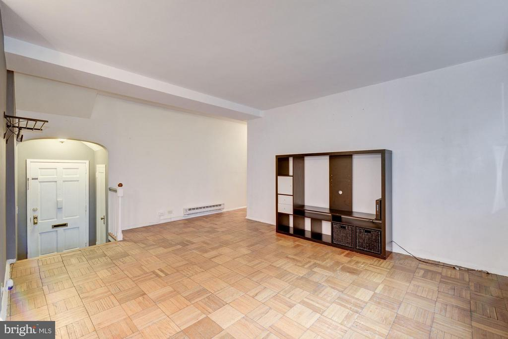 Parquet floors throughout - 3340 MARTHA CUSTIS DR #215, ALEXANDRIA
