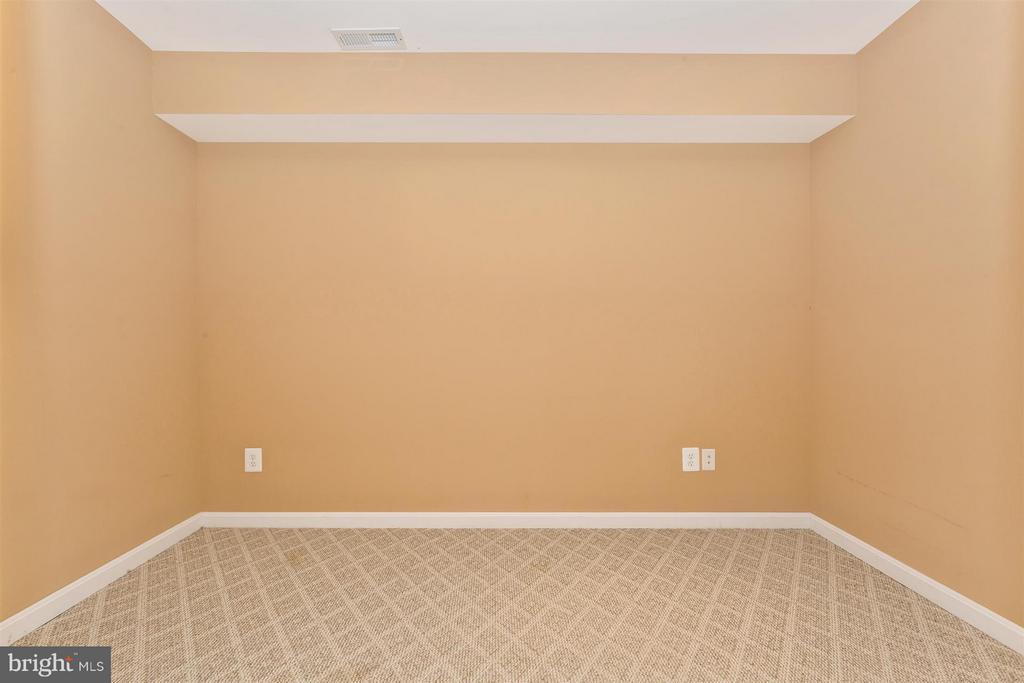 Bonus room. - 2301 FARMERS CT, ADAMSTOWN