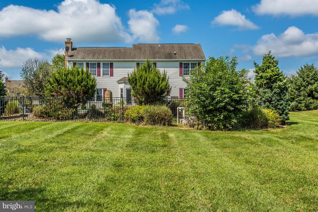 Very private. - 2301 FARMERS CT, ADAMSTOWN