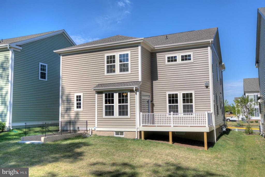 Rear View Of 12 x 15 Composite Deck - 336 PEAR BLOSSOM RD, STAFFORD