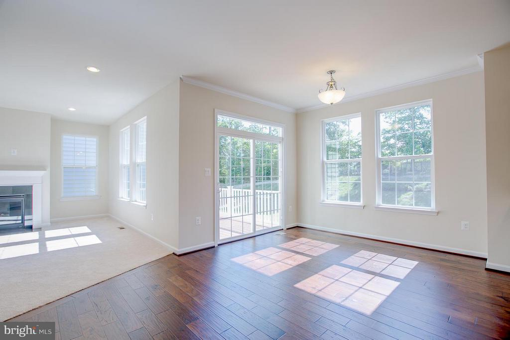 Dining Room- Walks Out To 9 x 15 Composite  Deck - 336 PEAR BLOSSOM RD, STAFFORD