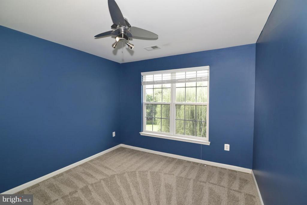 Bedroom 1 - 17233 MAGIC MOUNTAIN DR, ROUND HILL