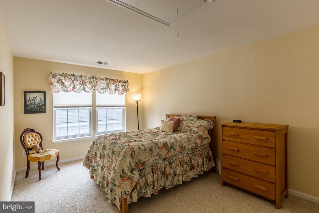 Third Bedroom in Loft - 17271 FOUR SEASONS DR, DUMFRIES