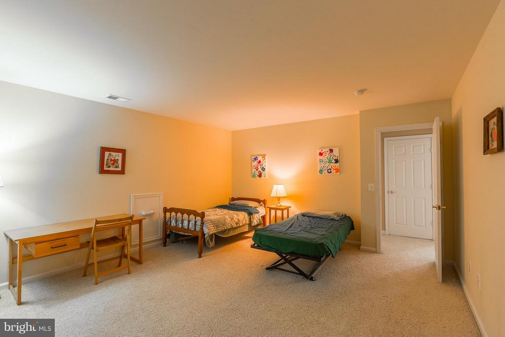 Den/Exercise Room or use as 4th bedroom - 17271 FOUR SEASONS DR, DUMFRIES