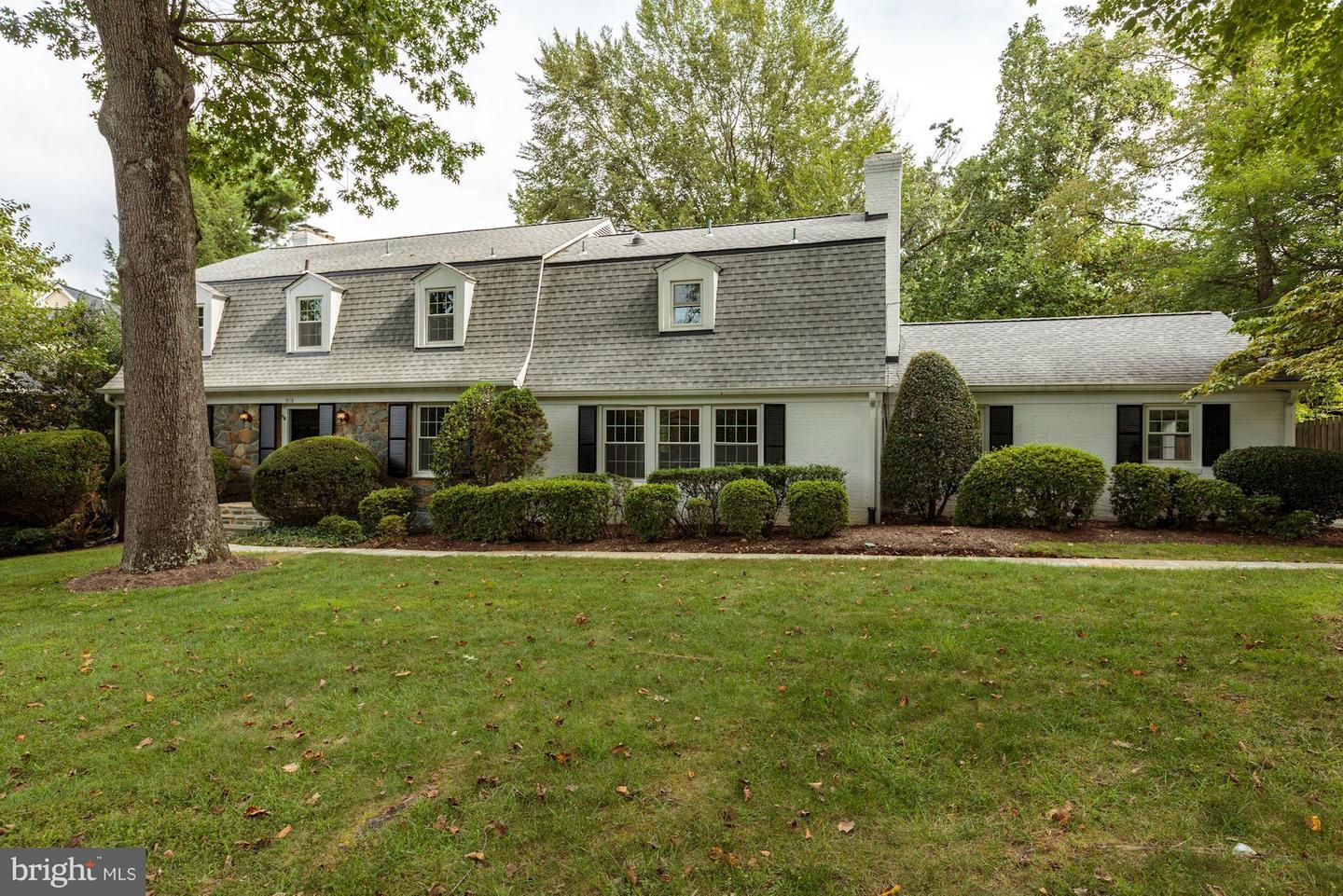 Additional photo for property listing at 9118 Kittery Lane 9118 Kittery Lane Bethesda, Maryland 20817 United States