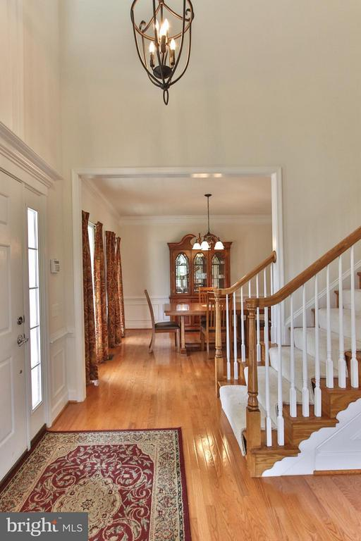 Formal dining & living rooms - 9406 OLD SETTLE CT, MANASSAS