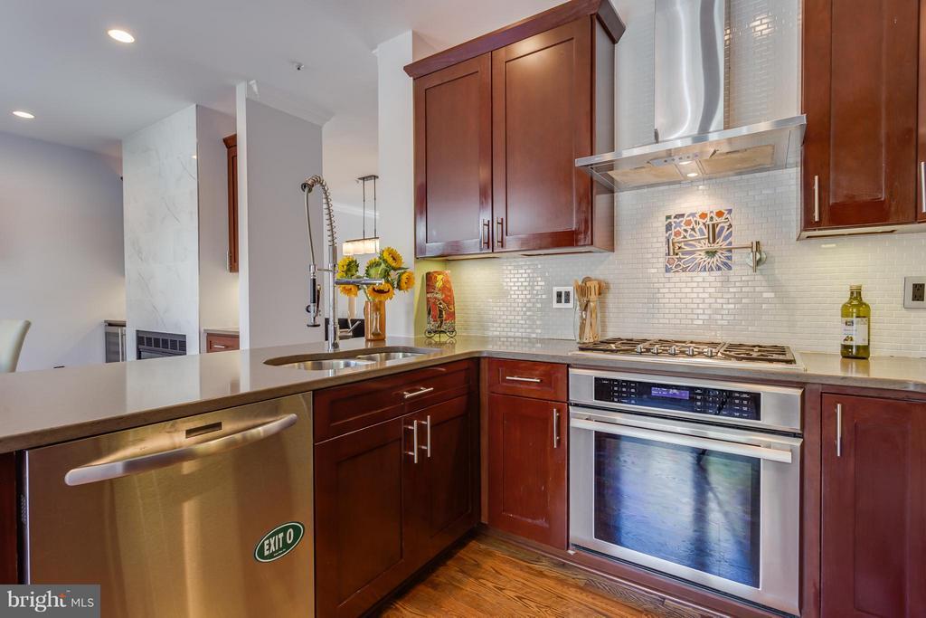 Kitchen - 1512 COLONIAL TER N, ARLINGTON