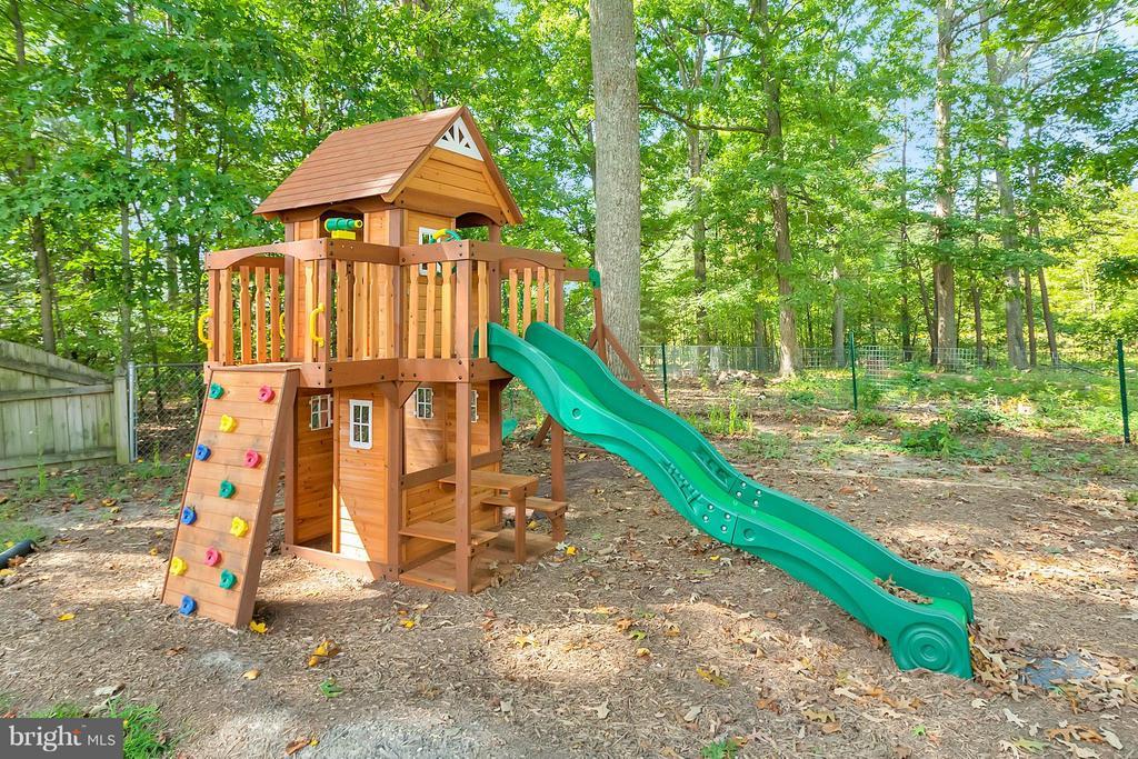 Playground - 11906 HUNTING RIDGE DR, FREDERICKSBURG
