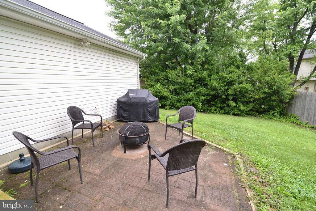 patio - 13412 POCONO CT, HERNDON