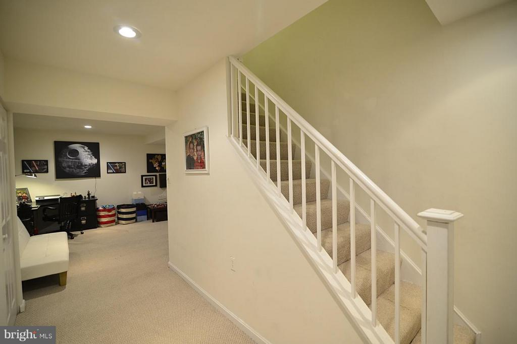 lower level - 13412 POCONO CT, HERNDON