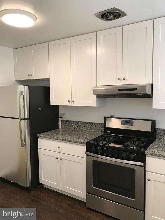 BRAND NEW KITCHEN! - 10661 MONTROSE AVE #M-101, BETHESDA