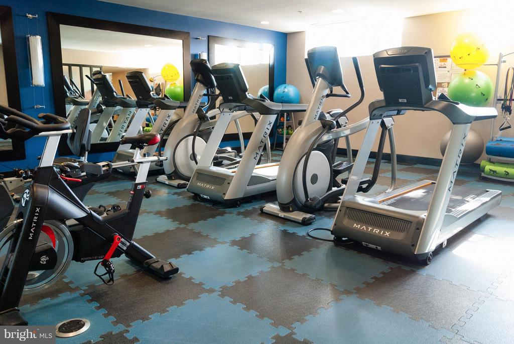 Fitness Room - 1800 WILSON BLVD #323, ARLINGTON