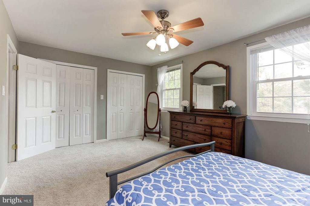 Bedroom (Master) - 9706 LAKEPOINTE DR, BURKE