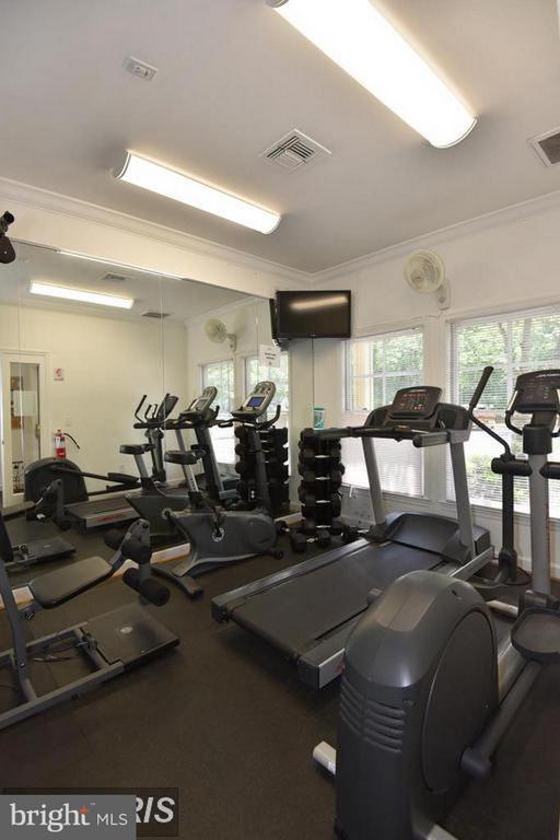 Oak Park Fitness Center - 12024 TALIESIN PL #12, RESTON