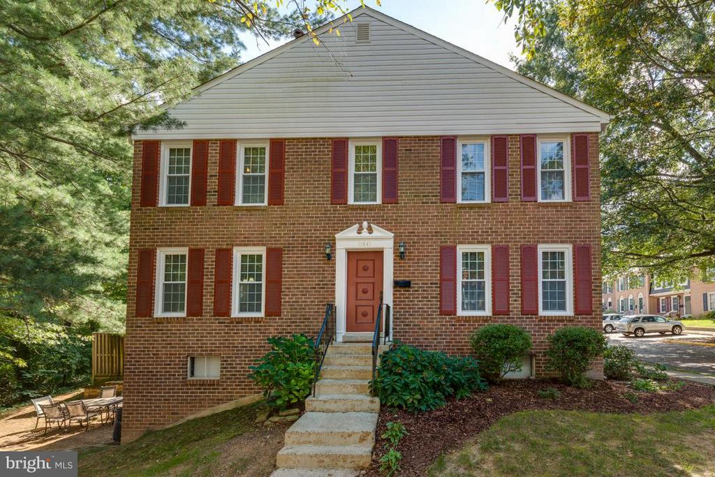 Welcome Home ! - 11841 DUNLOP CT, RESTON