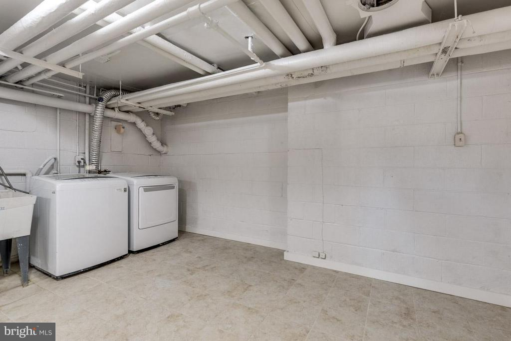 Basement could be finished to create den/ office - 292 M ST SW #292, WASHINGTON