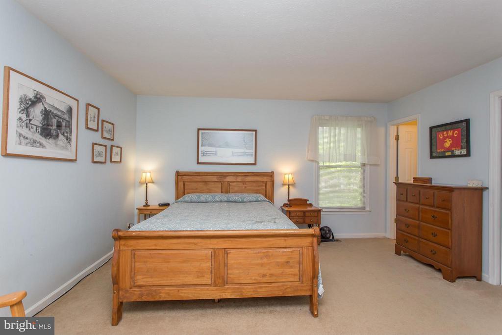 Bedroom (Master) - 303 CLIPPERSHIP CV, STAFFORD