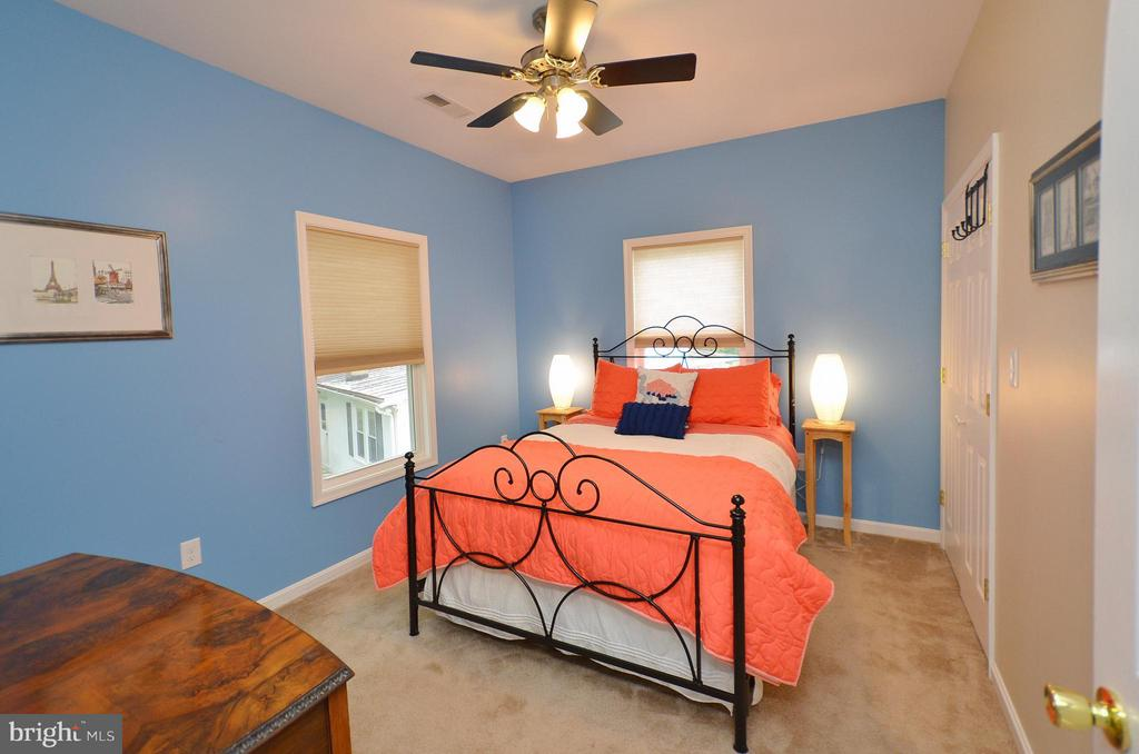 Bedroom in Carriage House - 410 NURSERY AVE, PURCELLVILLE
