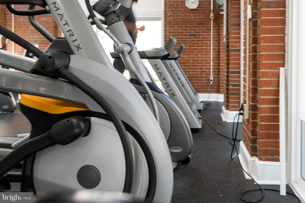 Gym very close by! - 10721 HAMPTON MILL TER #212, ROCKVILLE