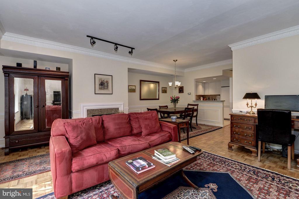 Living Room (3 of 4) - 1749 Q ST NW #9, WASHINGTON