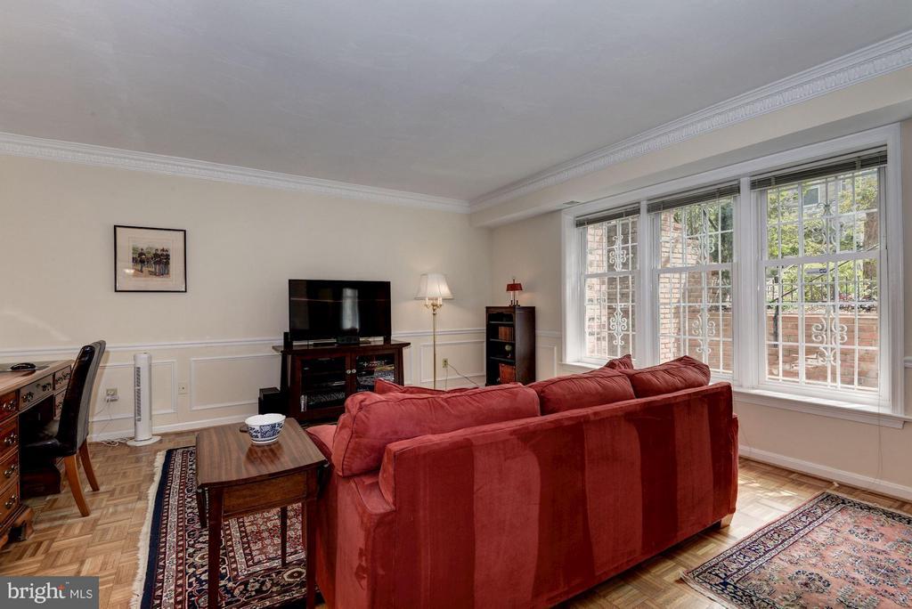 Living Room (2 of 4) - 1749 Q ST NW #9, WASHINGTON