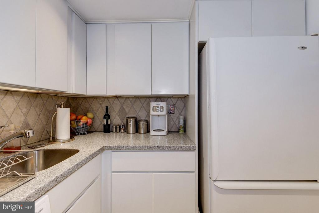 Kitchen (2 of 2) - 1749 Q ST NW #9, WASHINGTON