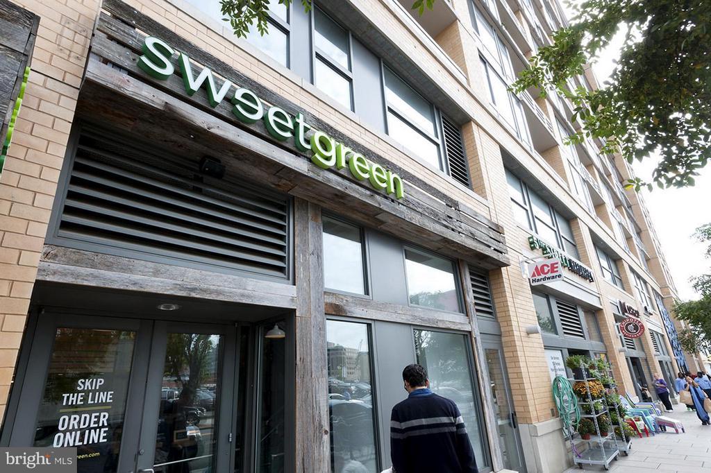 CityVista's Retail includes Sweetgreen, Ace Hardwa - 475 K ST NW #711, WASHINGTON
