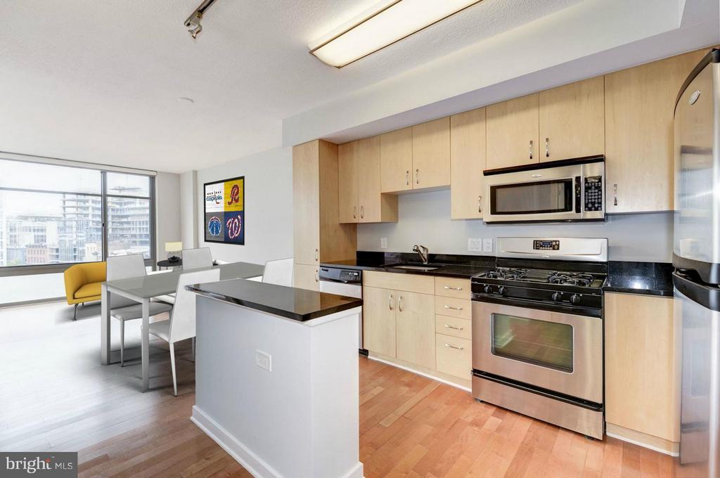 Kitchen (2 of 3) - 475 K ST NW #711, WASHINGTON