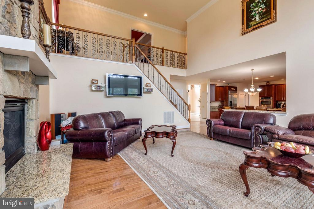 Back stairs to family room - 22728 DULLES GAP CT, ASHBURN