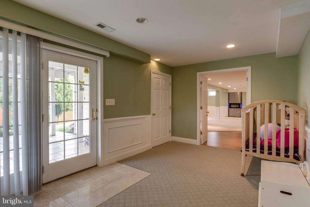 Mother in law suite lower level) - 22728 DULLES GAP CT, ASHBURN