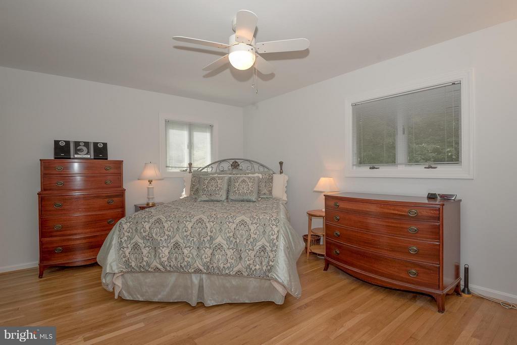 Bedroom (Master) - 9606 JOMAR DR, FAIRFAX